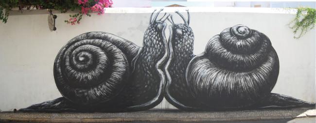 03_Roa-Snail-Portugal-Jah Shaka-Street-Art-in-Lagos
